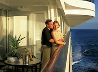 Holland_balcony_couple2